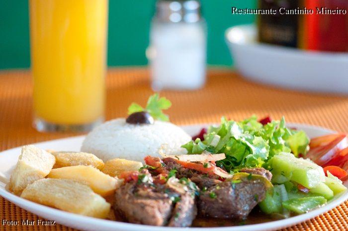 carne-cozida-restaurante-bertioga-riviera-cantinho-mineiro
