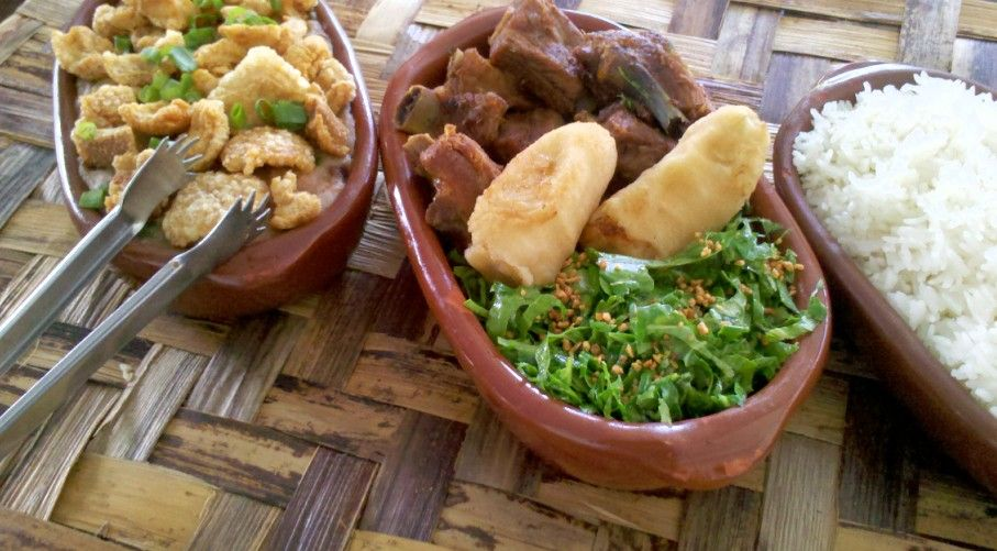 tutu-a-mineira-restaurante-bertioga-riviera
