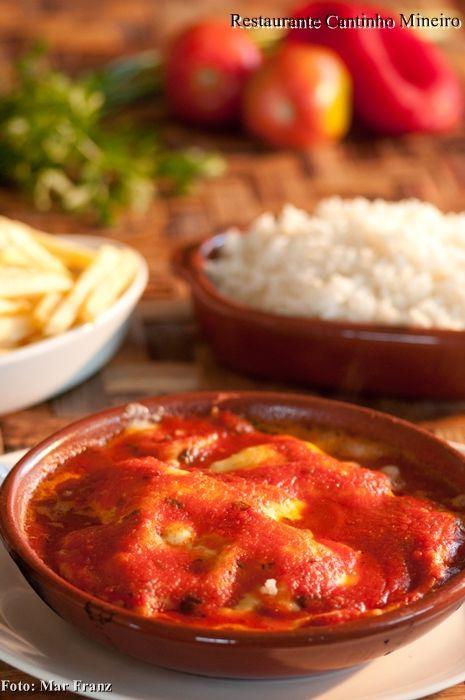 frango-a-parmegiana-restaurante-bertioga-riviera-cantinho-mineiro