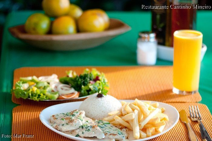 frango-brocolis-restaurante-bertioga-riviera-cantinho-mineiro